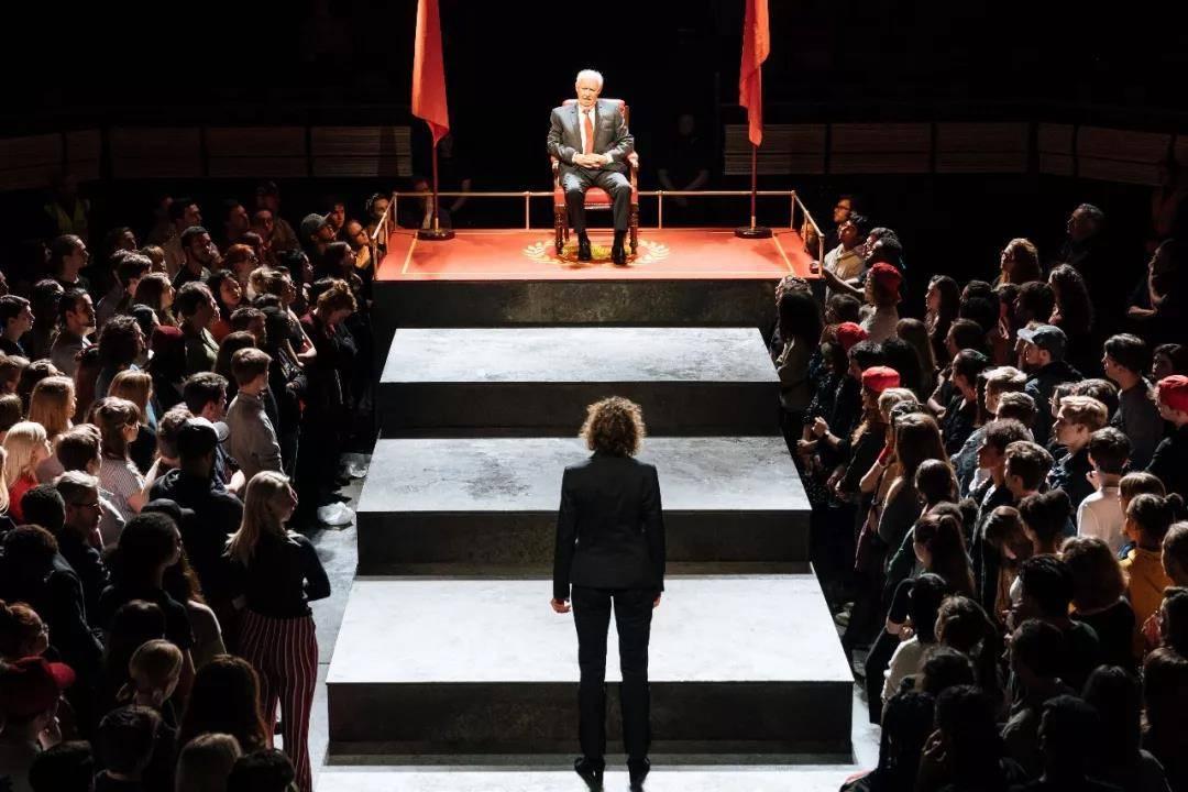 NT Live: Julius Caesar scene