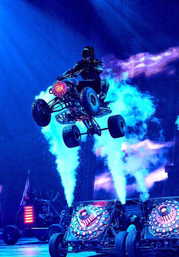 Elekron - The Most Electrifying Stunt Show In The World