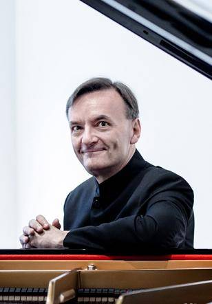 Stephen Hough's Beethoven Concertos (CANCELLED)