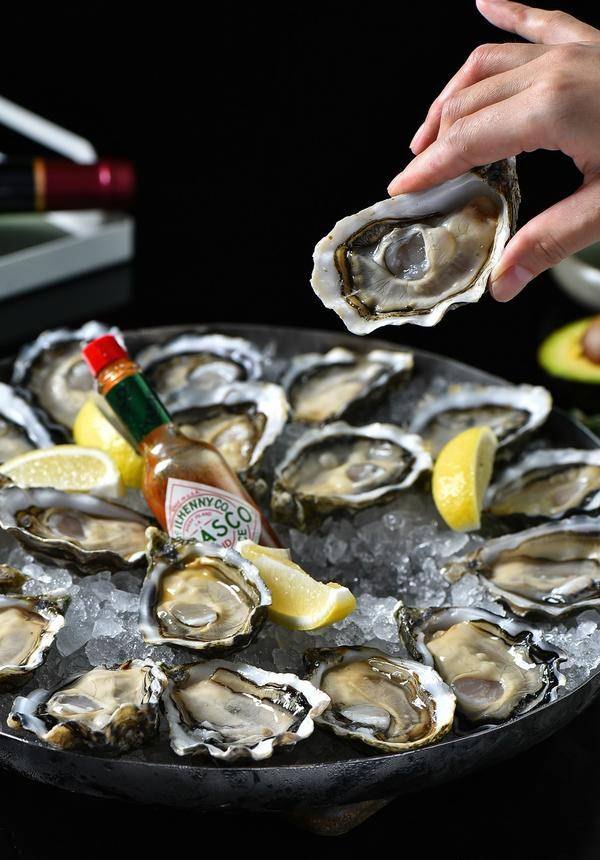 [43% OFF] Oyster Deal @ Cachet Lounge