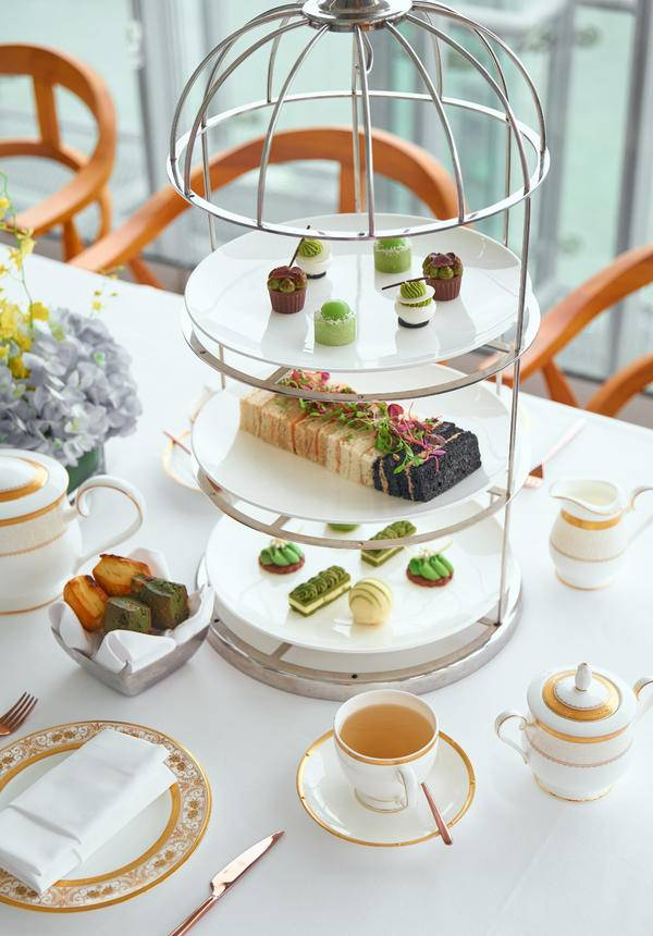 [17% OFF] Rooftop River View Afternoon Tea @ TOPS Roof Bar